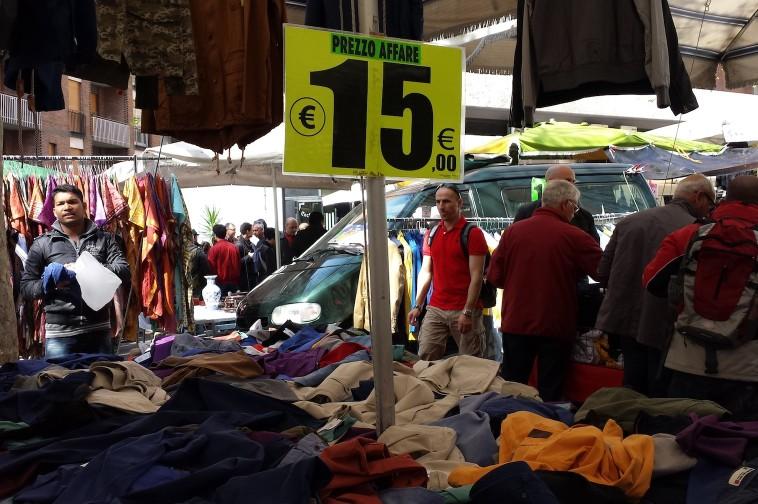 Porta portese sunday market rome italy the touch of sound - Porta portese roma case ...