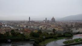 Traffic in Rain – Florence, Italy