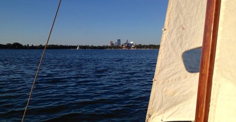 Sailing Lake Calhoun – Minnesota, USA