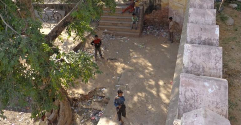 Kids Playing Cricket – Jaipur, India