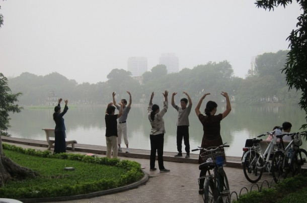 morning exercise at hoan kiem lake hanoi vietnam the touch of sound. Black Bedroom Furniture Sets. Home Design Ideas