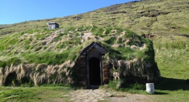 Stone Grinder – Eiríksstaðir, Iceland