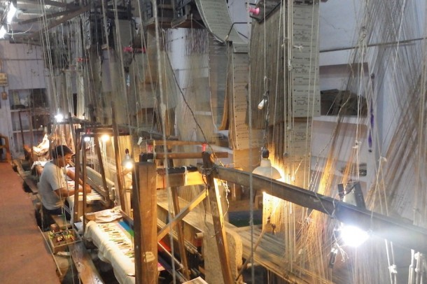 Hand Silk Weaving – Varanasi, India