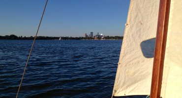 Sailing Lake Calhoun - Minnesota, USA