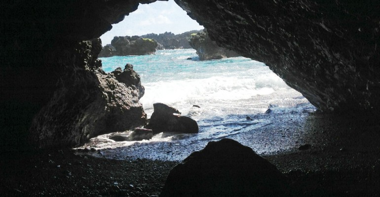 Wai'anapanapa State Park – Hawaii, USA