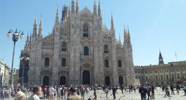 Piazza del Duomo – Milan, Italy