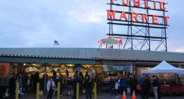 Pike Place Fish Market – Seattle, USA