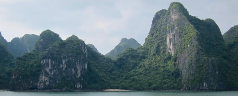 Morning Birds – Ha Long Bay, Vietnam
