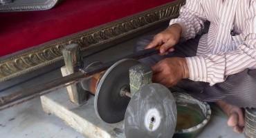 Jewel Polishing – Jaipur, India