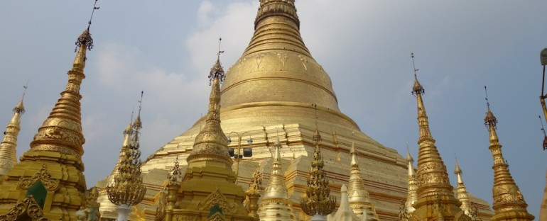 Buddhist Chanting at Shwedagon Pagoda – Yangon, Myanmar