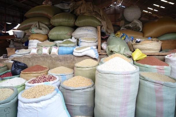 Street Market – Mwanza, Tanzania2
