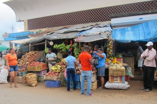 Roadside Market – Samaná, Dominican Republic2