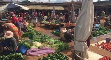 Morning Market – Ambalavao, Madagascar