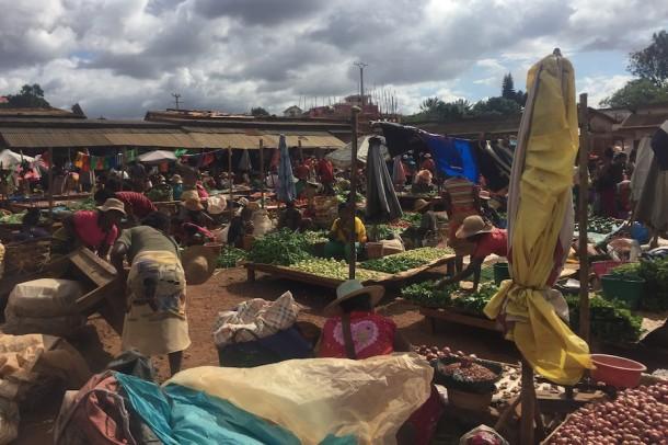 Morning Market – Ambalavao, Madagascar2