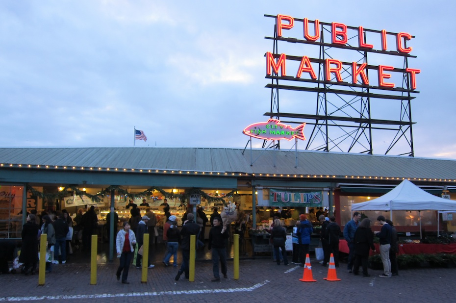 Pike place fish market seattle usa the touch of sound for Fish market seattle