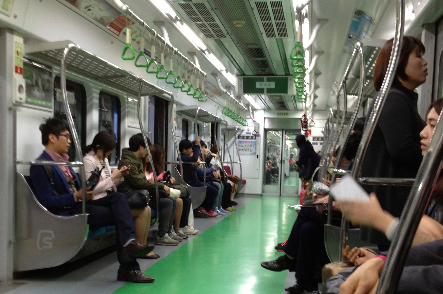 Pyeongchang 2018-themed trains unveiled on Seoul subway line |Subway South Korea